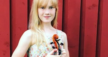 Ohmygossip.com: ESTONIAN-born 11-year-old violinist Estella Elisheva captivates world music classics